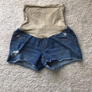Maternity jean shorts size Small